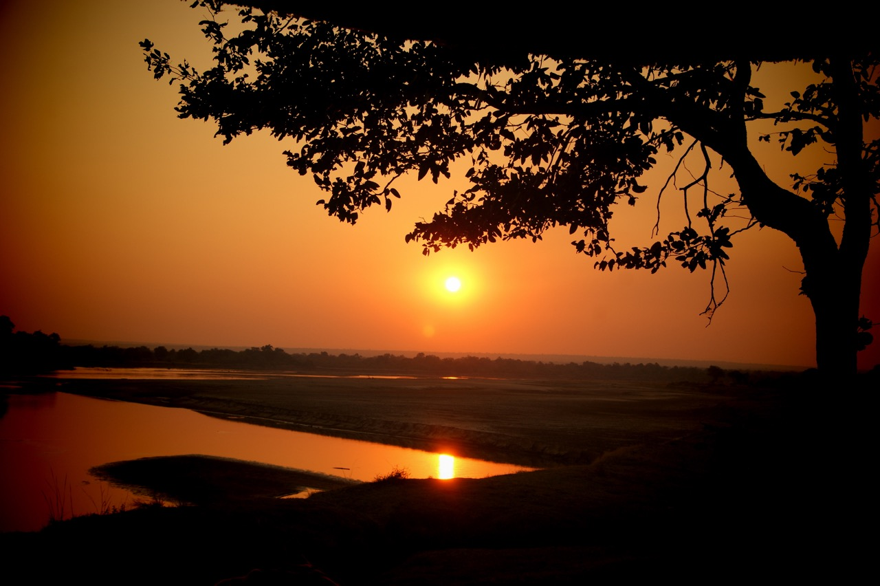 Sundowner Safari through South Luangwa, Zambia and sunsets in Africa