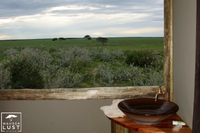 Bath rooms with a view - Kalahari