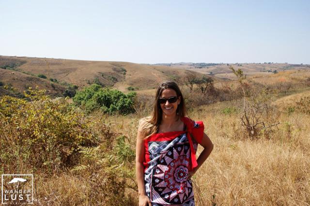Traditionelle Kleidung für den Schilftanz Swasiland